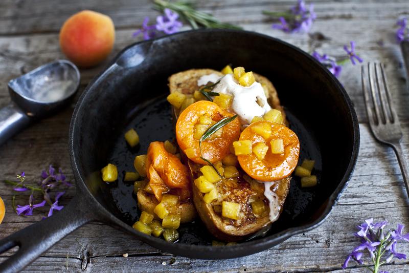 pain-dore-au-lait-de-coco-abricot-ananas-romarin_3emiliemurmure
